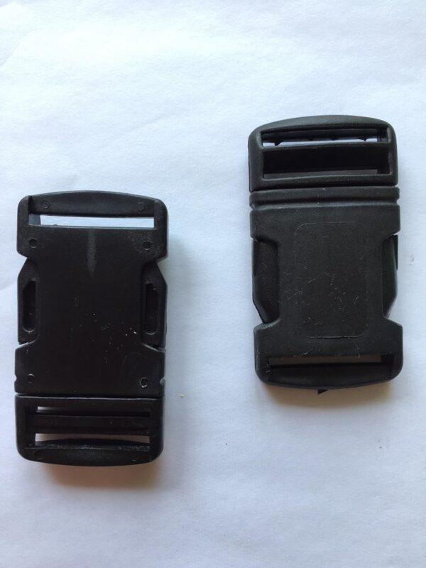 Táskacsat műanyag 30 mm